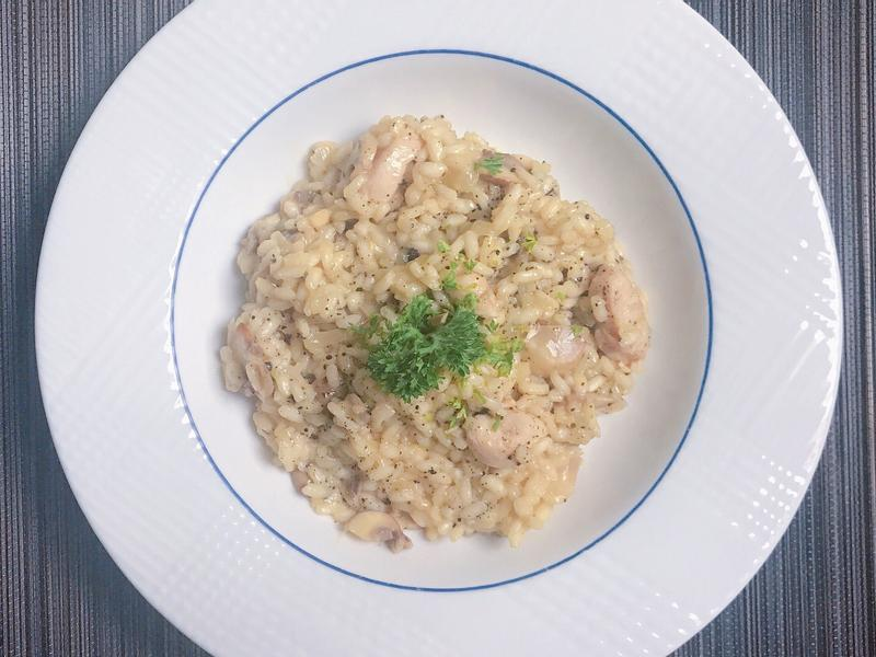 《蘑菇野菌雞肉燉飯/意大利飯》