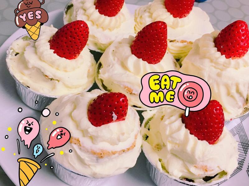 🍓草莓奶油小蛋糕