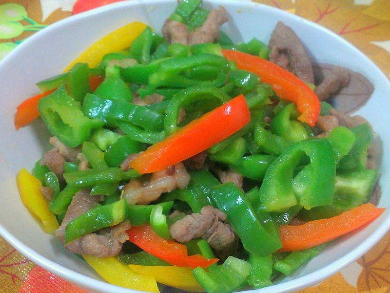 ㄚ曼達的廚房~青椒炒肉絲