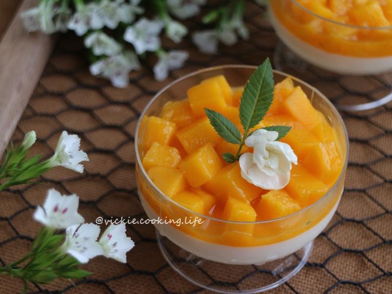 黃澄澄的美味《芒果奶酪》