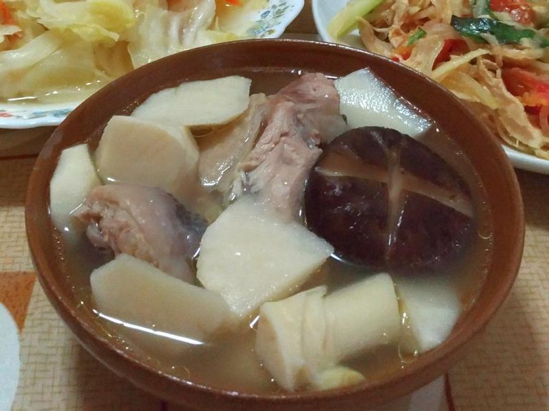 香菇竹筍雞湯