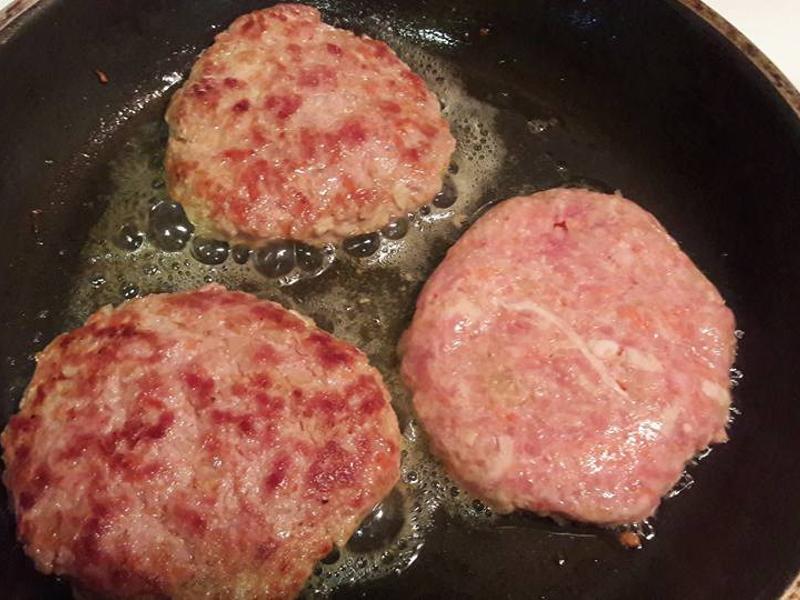 超簡單漢堡肉排