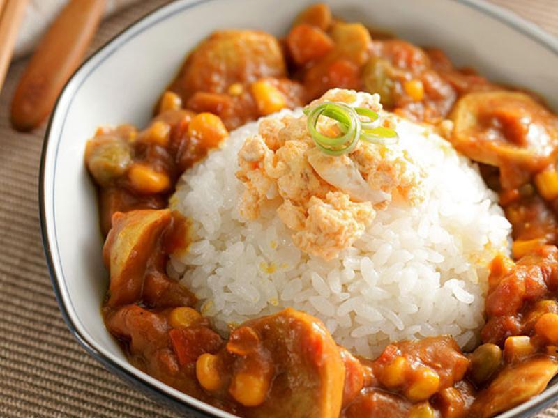 咖哩彩蔬飯