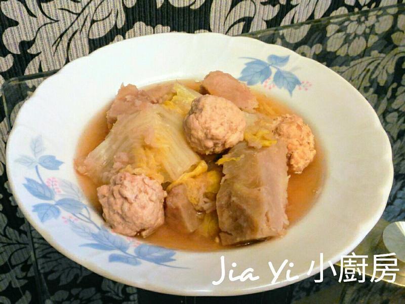 白菜燉芋頭丸子~媽媽私房菜🍴