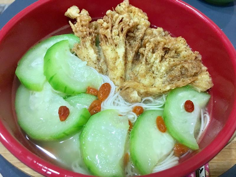 鹹酥菇絲瓜麵線(奶蛋素)