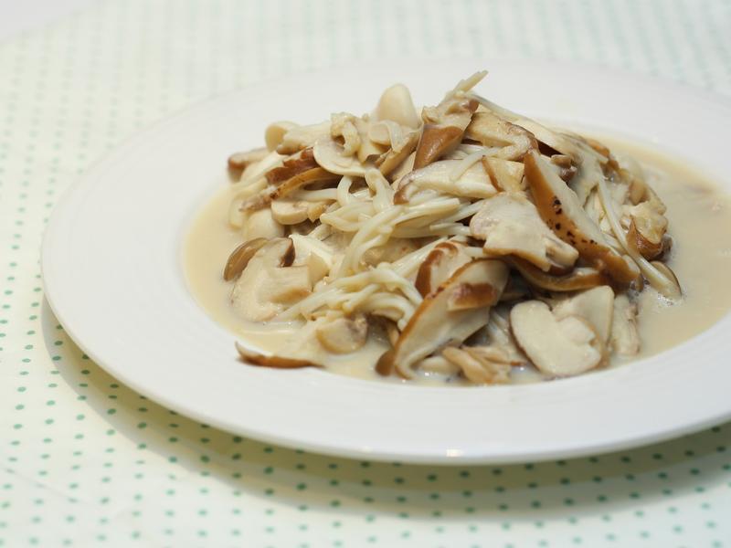 抗氧化料理 - 豆漿燜錦菇
