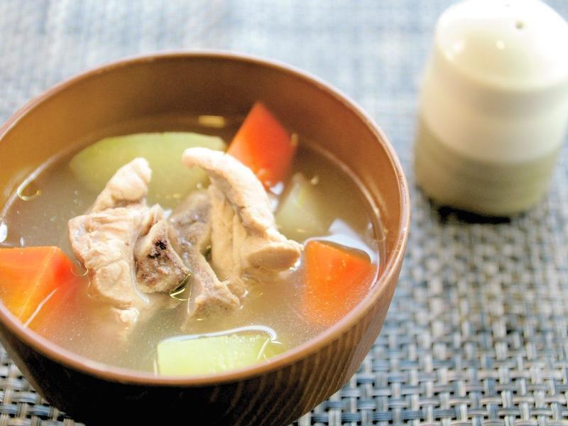 沖繩排骨湯(ソーキ汁)