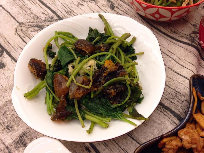 台菜經典 皮蛋地瓜葉