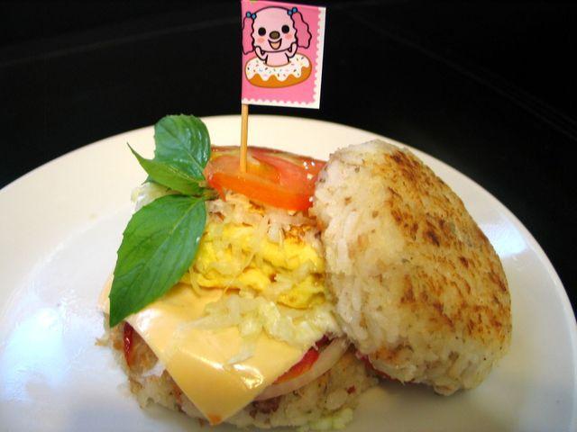 【十分輕鬆料理DIY】元氣玉子燒米漢堡