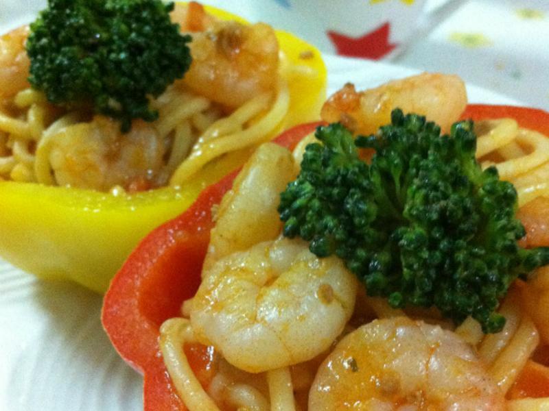 十分輕鬆料理DIY~幸福料理之雙色甜椒義大利麵盅