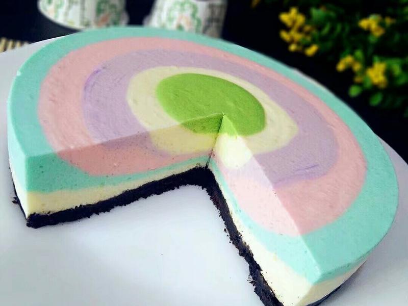 彩虹优格慕斯蛋糕
