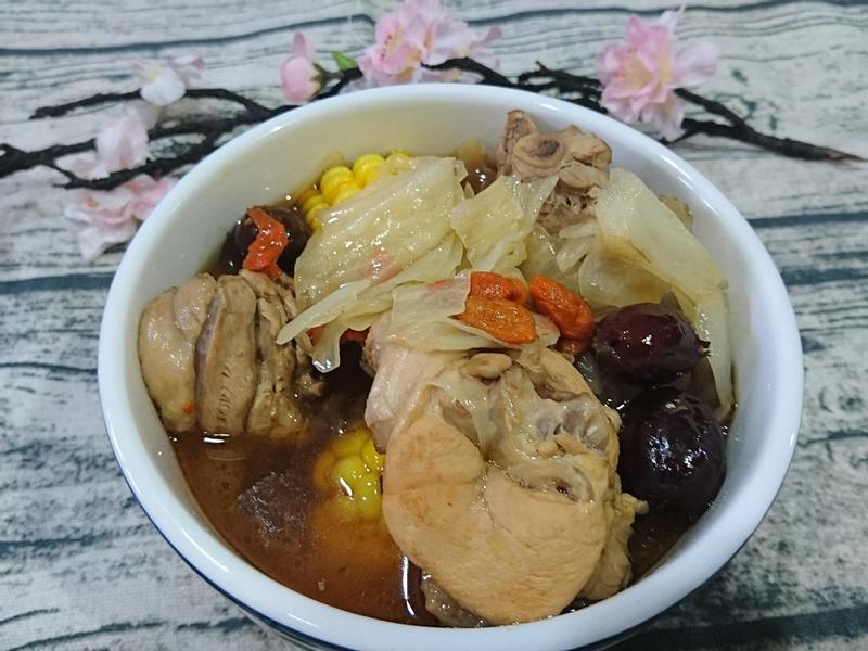 暖冬料理麻油雞 無酒味