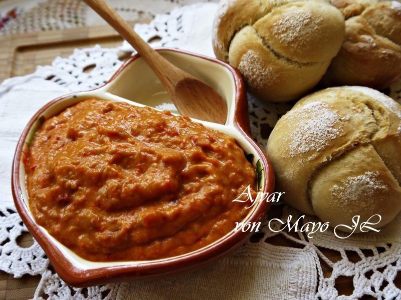 波士尼亞 蔬菜魚子醬:紅椒茄子醬