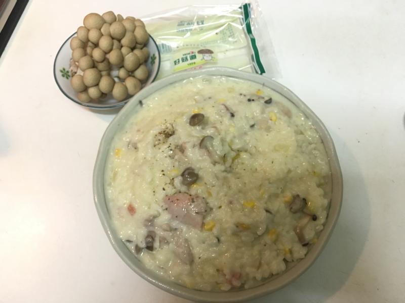 菇菇雞濃湯燉飯【好菇道好食光】