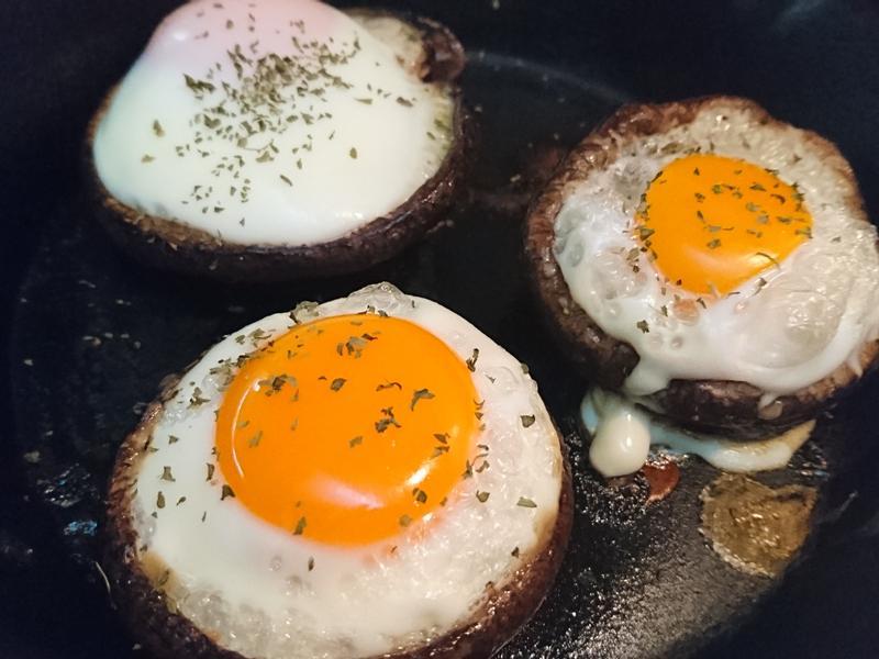 烤太陽蛋香菇