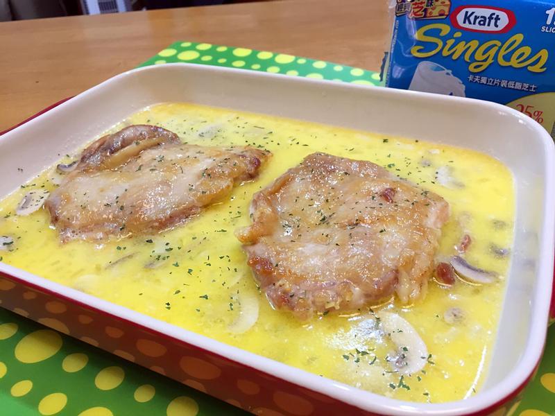 奶油起司蘑菇燉雞