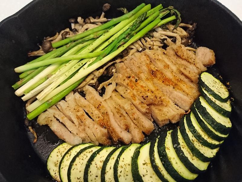 簡單香料烤松板豬佐時蔬