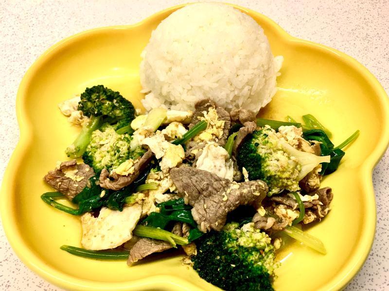 牛肉燴飯(快速料理)