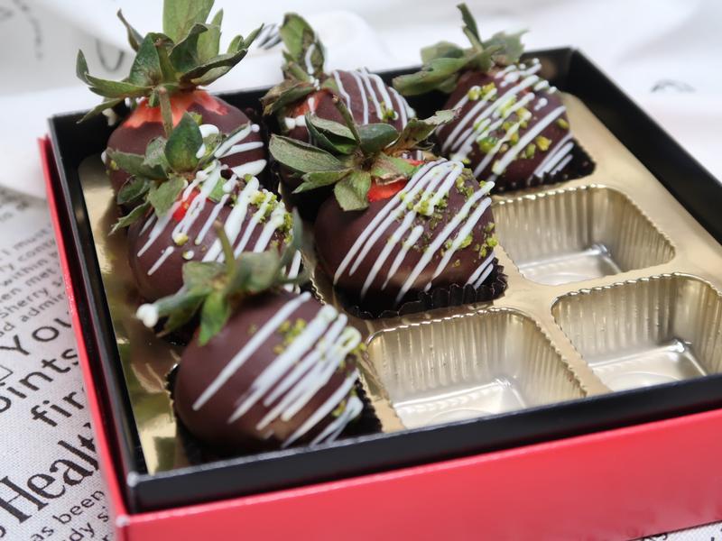巧克力糖衣草莓