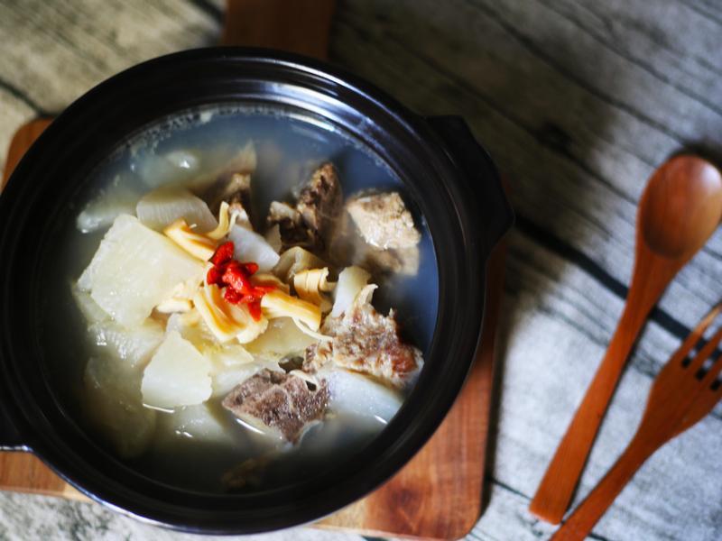干貝蘿蔔排骨湯