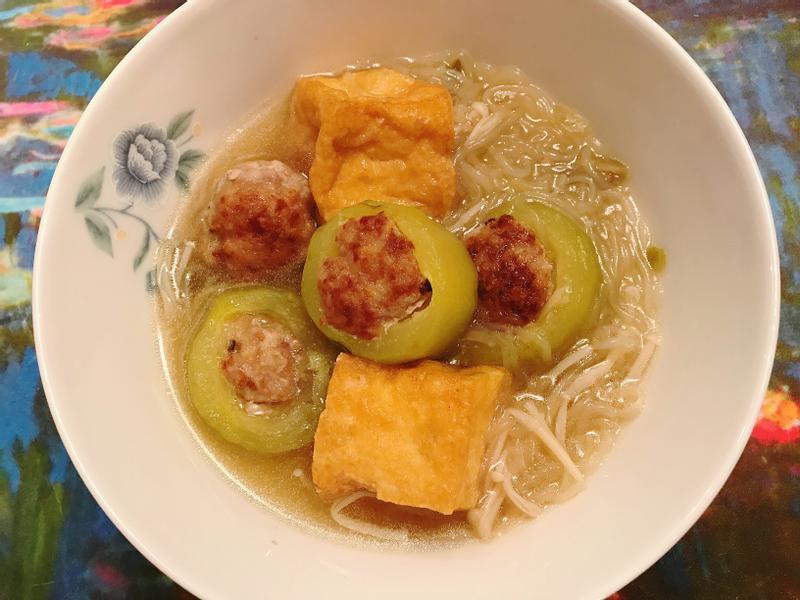 金玉滿堂- 黃瓜鑲肉湯