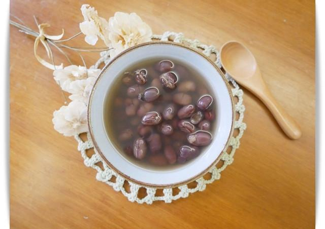 寶寶副食品「紅豆湯」無糖版、好暖心 ♪