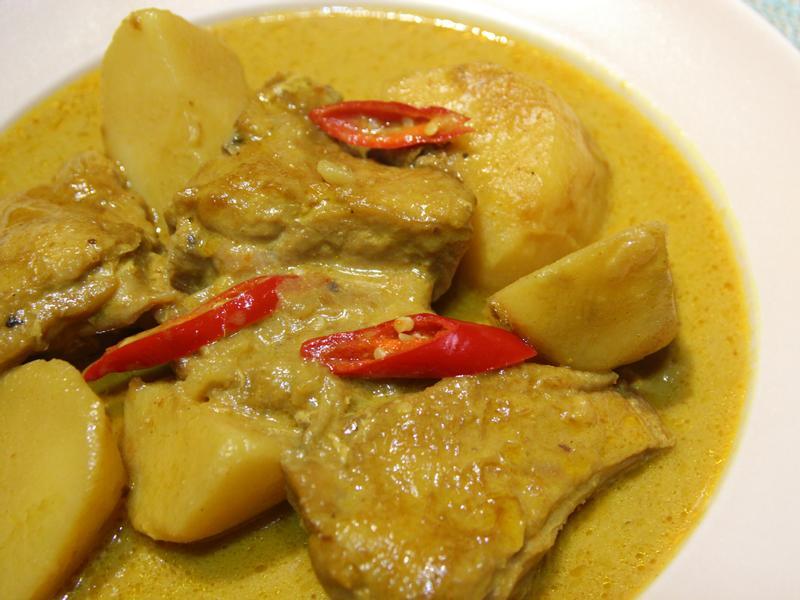 泰式黃咖哩雞