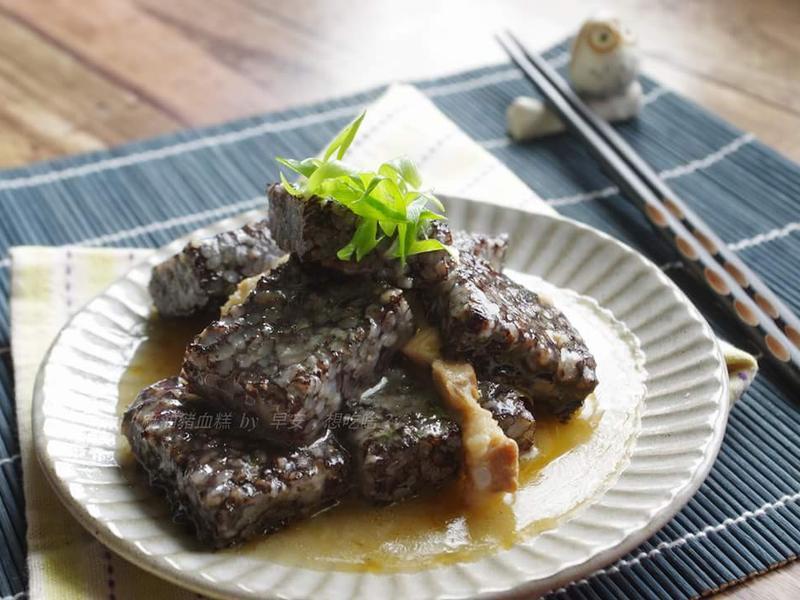 麻油豬血糕~電鍋料理