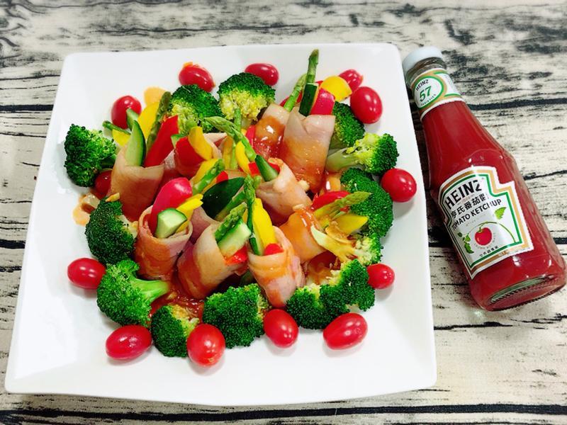 諸事大吉-培根蔬菜捲佐紅醬(水波爐料理)