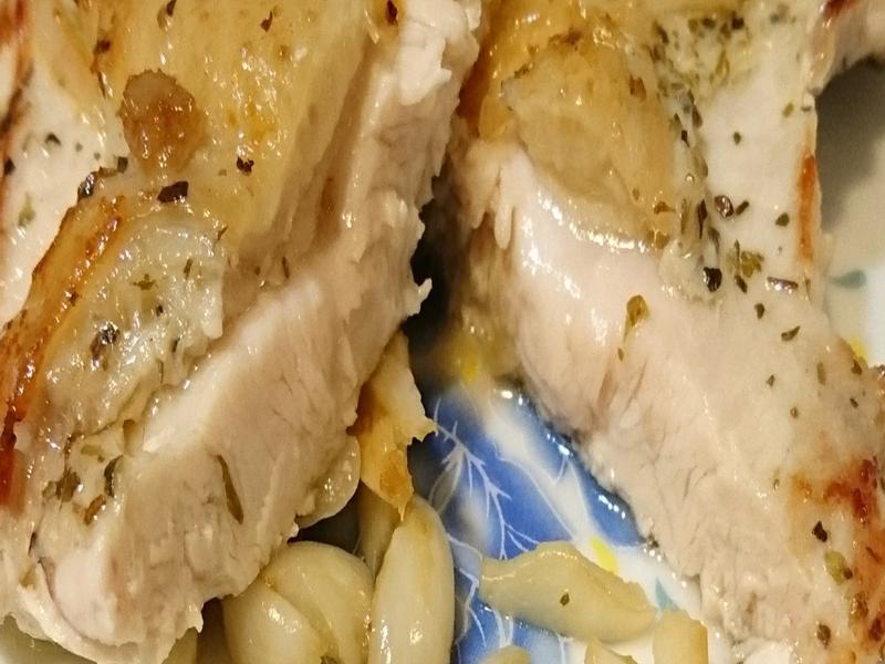 嫩煎帶皮雞胸肉