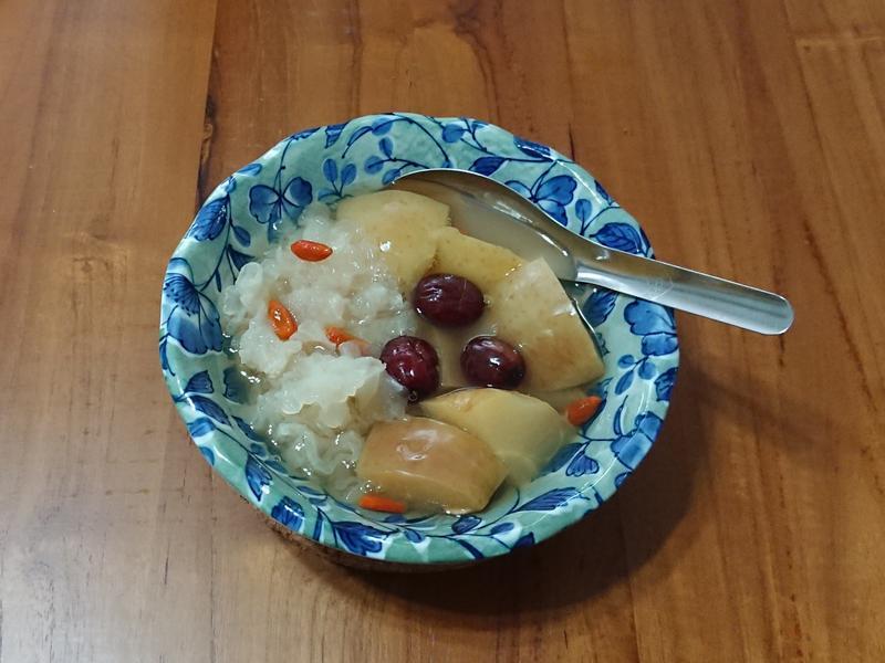 港甜湯-蘋果雪耳糖水