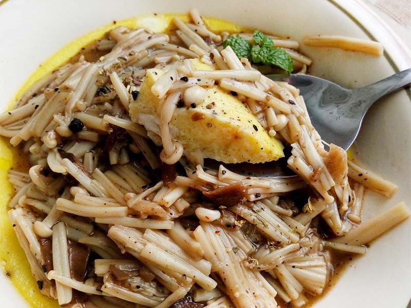 黑胡椒菇菇燴蒸蛋