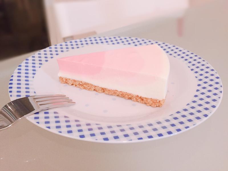 草莓漸層生乳酪蛋糕(6吋)