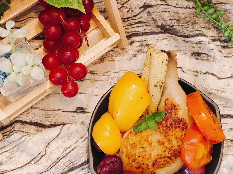 葡萄鮮蔬烤雞