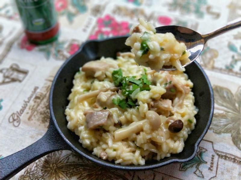 意大利雞肉野蕈燉飯