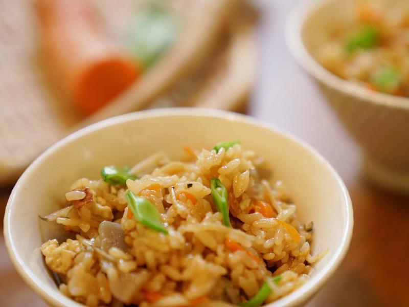 一鍵完成,日式什錦炊飯-五目炊き込みご飯