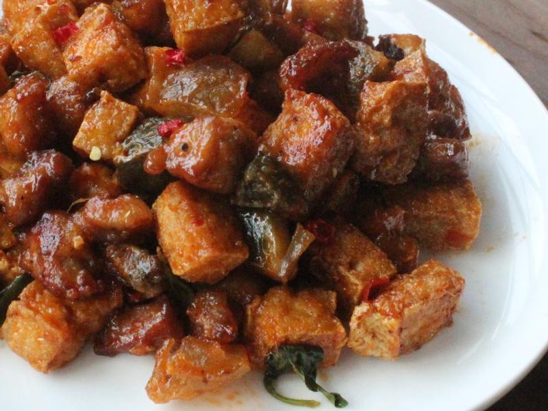 辣味皮蛋臭豆腐雞米花
