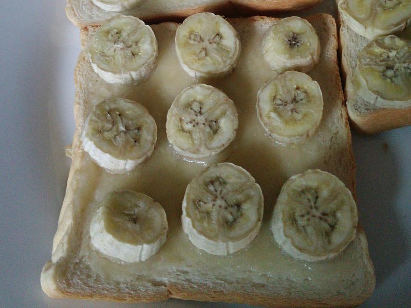 香蕉烤吐司
