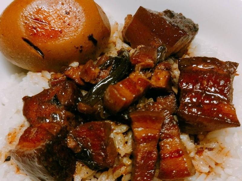 簡單煮出好吃的古早味滷肉飯🍚
