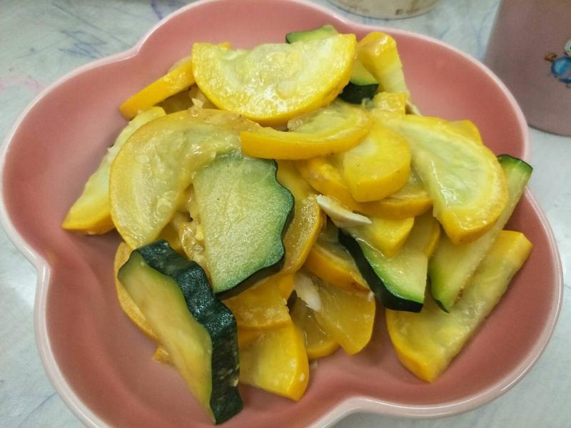 鹹蛋炒櫛瓜