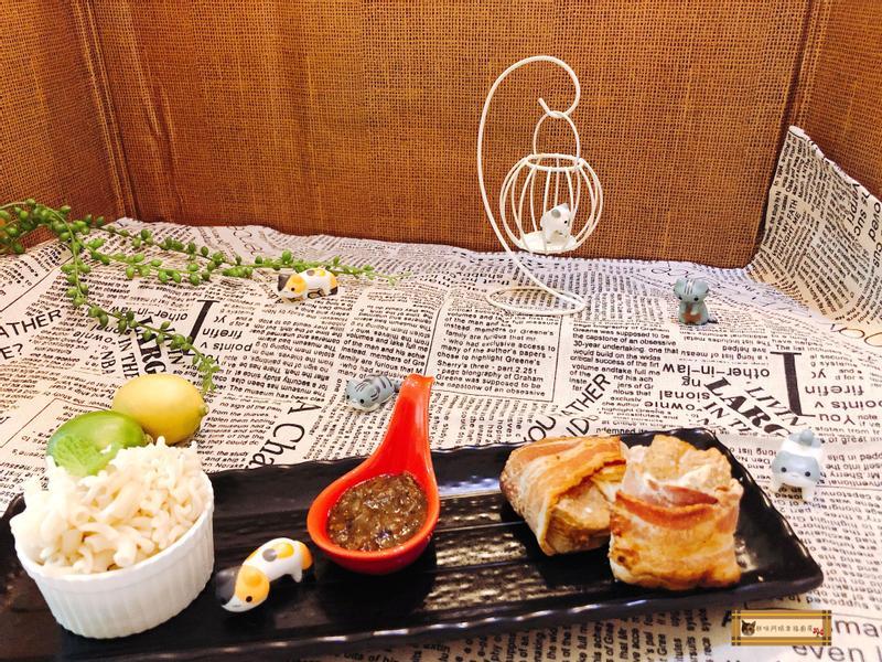 培根起司豬肉捲佐黑胡椒醬通心麵