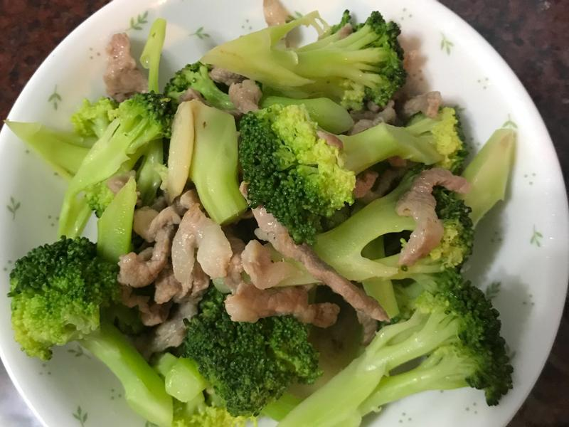 綠花椰菜炒肉絲