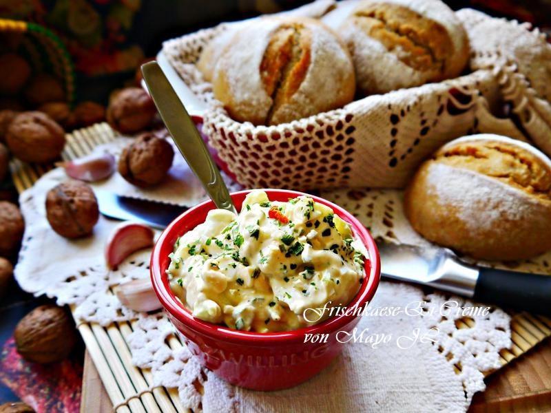 蛋佐新鮮起司麵包抺醬