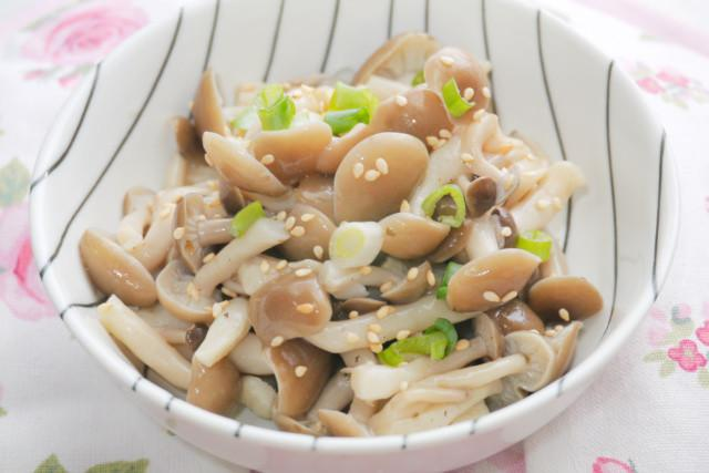 涼拌鴻喜菇