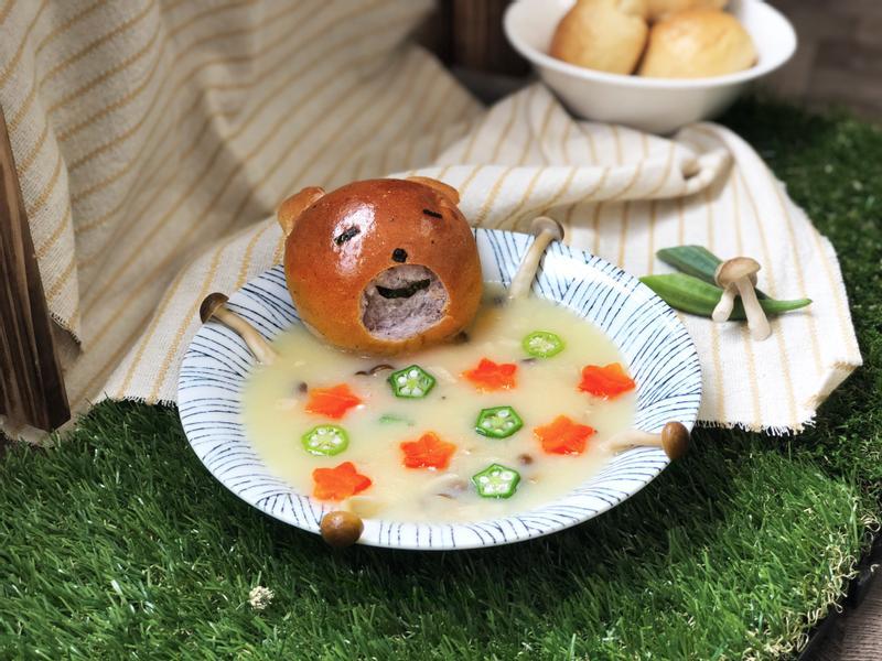 熊熊愛泡澡