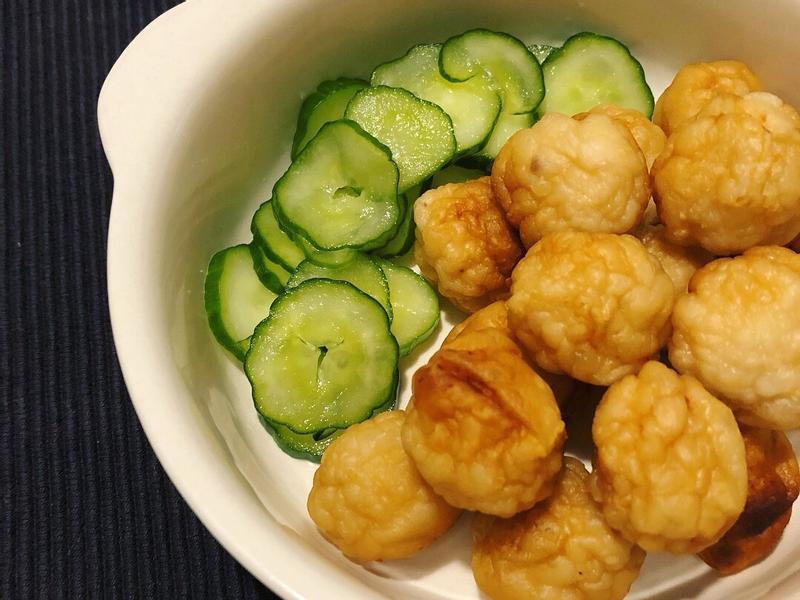 煎炸鱈魚丸+古早味酸甜小黃瓜🥒