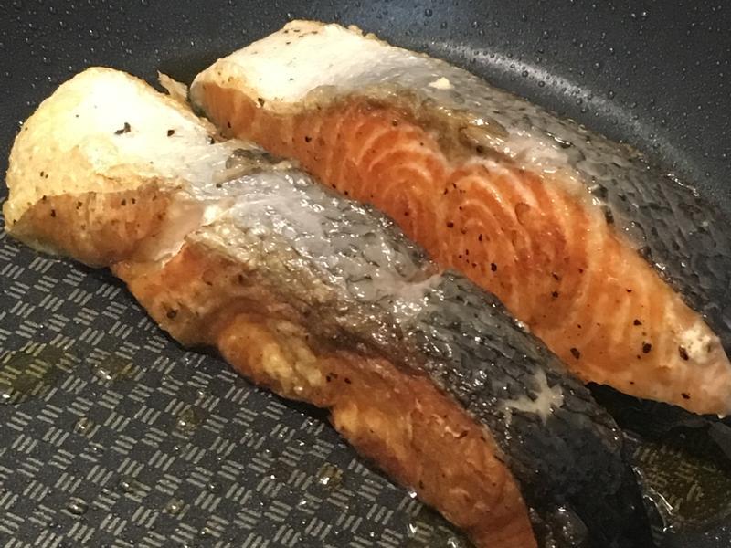 煎鮭魚方法