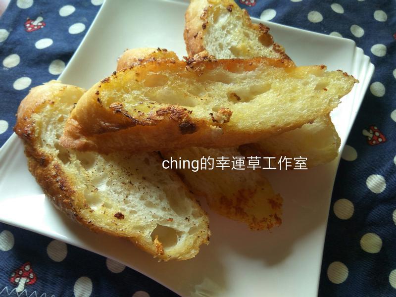 五分鐘早餐─奶油香蒜法國長棍