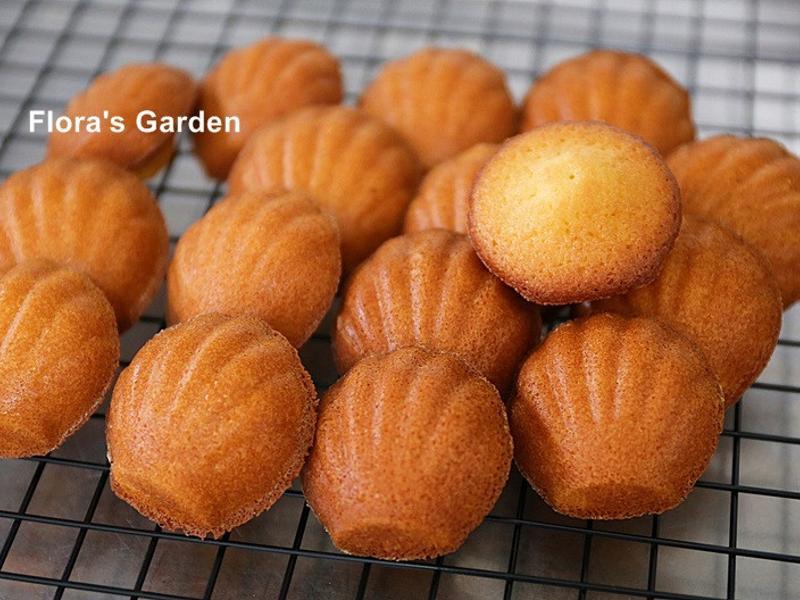 簡單完美●檸檬蜂蜜瑪德蓮蛋糕
