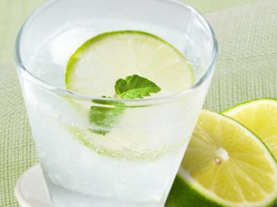 【厚生廚房】檸檬氣泡冰飲
